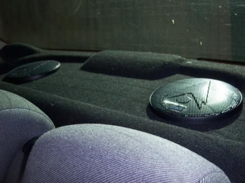 установка динамиков в задние двери peugeot 206